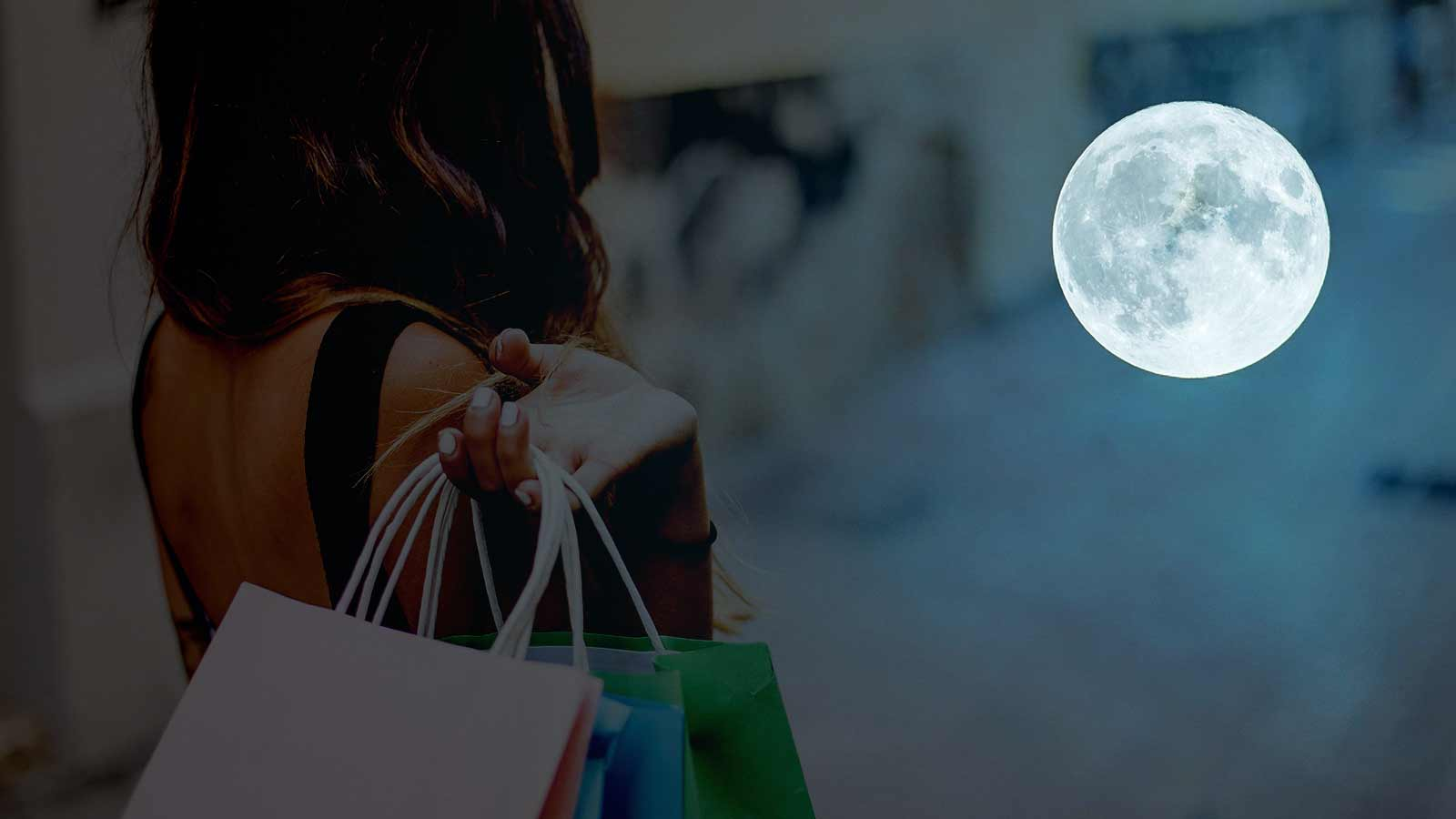 Moon-Night-Shopping